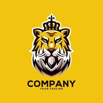 Geweldige tijger koning mascotte logo ontwerp illustratie
