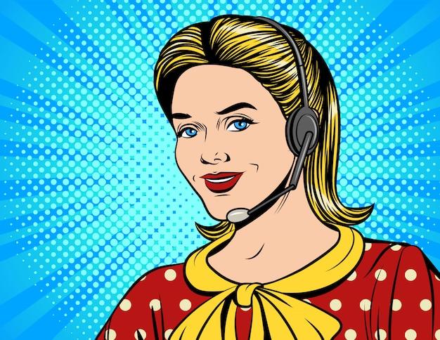 Gezicht van jong mooi meisje dat op call centre werkt