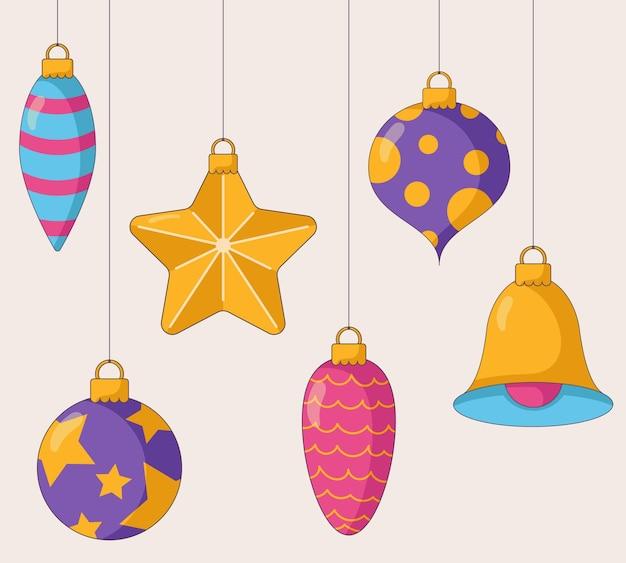 Glanzend kerstboomspeelgoed in verschillende vormen en kleuren in een vlakke stijl geïsoleerd op een beige