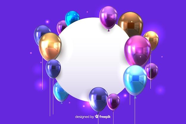 Glanzende ballonnen met lege banner 3d effect op blauwe achtergrond