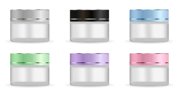 Glazen potten van rond wit mat hebben een verschillend deksel