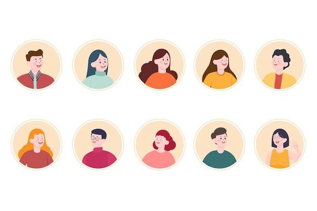 Glimlachende mensen avatar set. verschillende karakters voor mannen en vrouwen.