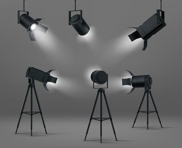 Gloeiende schijnwerpers voor studio of podium