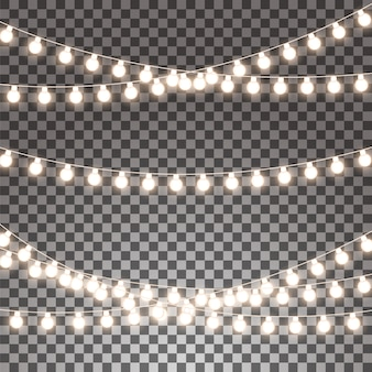 Gloeiende slingers geplaatst die op transparante achtergrond worden geïsoleerd.