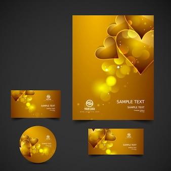 Gloeiende valentijn briefpapier in gouden