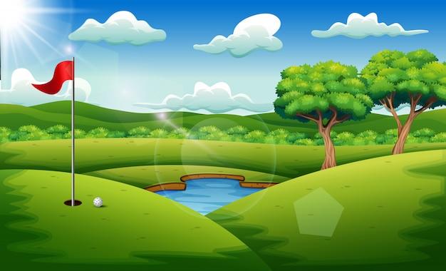 Golfcursus op de landschapsachtergrond