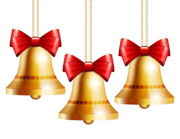 Gouden klokken met een rode strik die aan gouden kettingen hangt