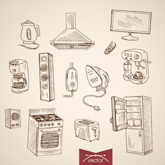 Gravure van vintage handgetekende waterkoker, strijkijzer, koffiezetapparaat, koelkast, gasfornuis, broodrooster, kolom, verzameling elektrische apparaten.