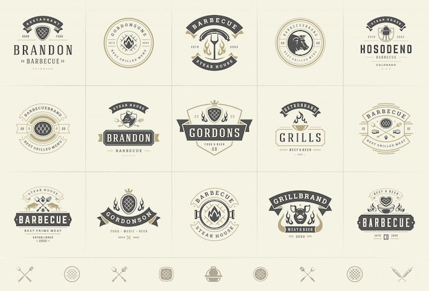 Grill en barbecue logo's instellen vector illustratie steak house of restaurant menu badges met bbq-eten
