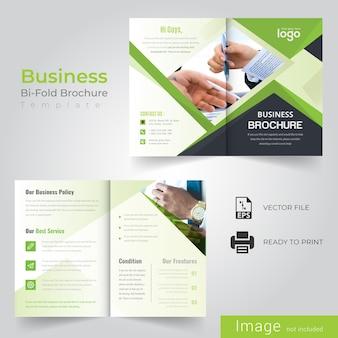Groen abstract tweevoudig brochureontwerp