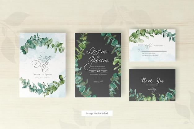Groen bruiloft uitnodiging kaartsjabloon met hand getrokken eucalyptus en alcohol inkt achtergrond