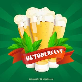 Groene achtergrond met bieren en rood lint van oktoberfest
