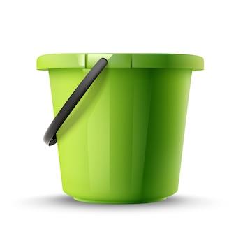 Groene emmer geïsoleerd op whit