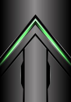 Groene pijl licht richting op metalen grijze achtergrond.