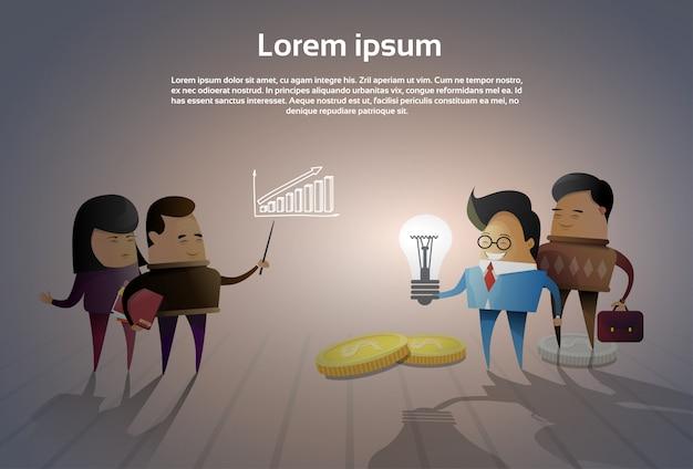 Groep aziatische bedrijfsmensen die vergadering nieuwe ideeën of projecten brainstormen