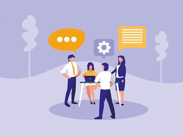Groep bedrijfsmensen met tekstballon