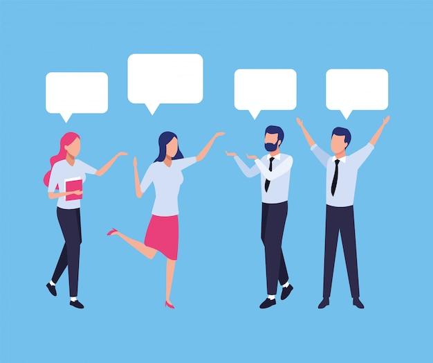 Groep bedrijfsmensengroepswerk met de karaktersillustratie van toespraakbellen