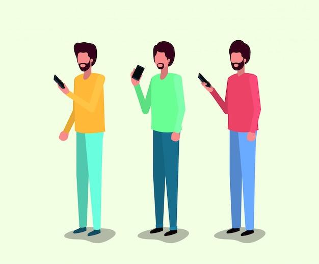 Groep jonge mannen met behulp van smartphone