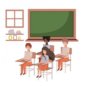 Groep jonge studenten in het klaslokaal