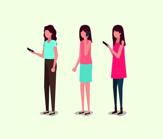 Groep meisjes met behulp van smartphone