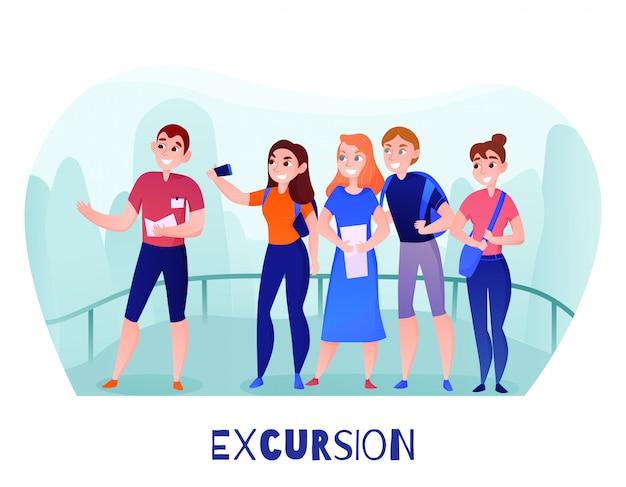 Groep reizigers en gids op uitkijkplatform tijdens excursie buiten in de zomer