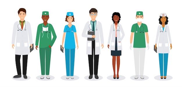 Groep van medische mensen staan samen in uniform en verschillende poses. artsen en verpleegkundigen.