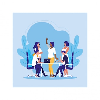 Groep van mensen zaken in het werk-kantoor, gecoördineerd werk in vriendelijke team op kantoor