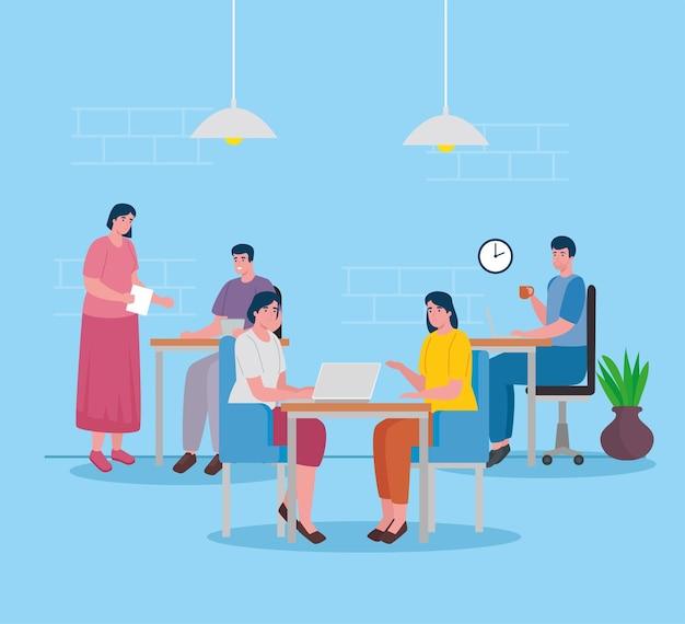 Groep van vijf arbeiders die in de bureaukarakters samenwerken