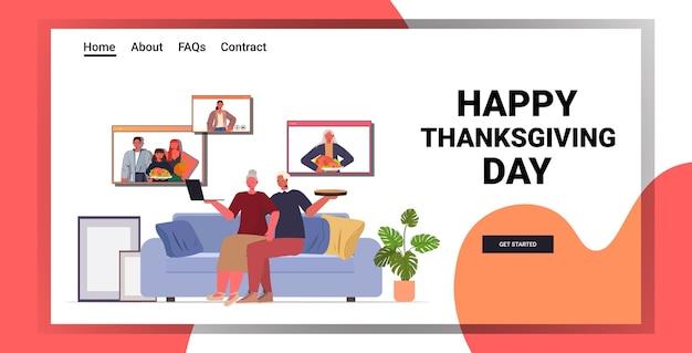 Grootouders bespreken met kinderen tijdens videogesprek familie vieren happy thanksgiving day concept