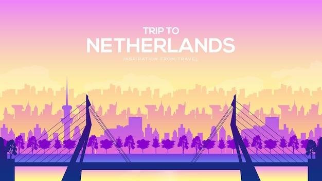 Grote netherland-brug op de landschapsachtergrond van de stad