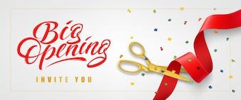 Grote opening, nodigt u uit feestelijke banner in frame met confetti en gouden schaar