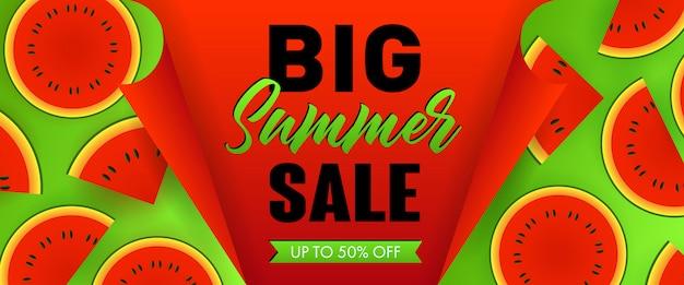Grote zomer verkoop seizoensgebonden banner. watermeloen slices