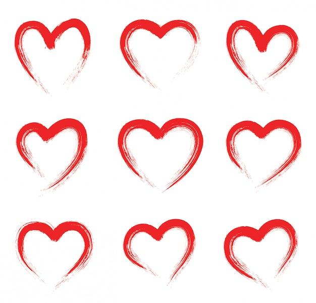 Grunge rood hart vorm. hand getekend