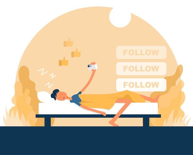 Guy slaapt en houdt een camera in zijn hand. kleur vector platte cartoon icoon. concept voor blogger.