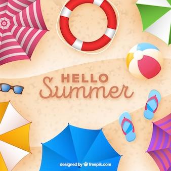 Hallo zomer achtergrond met kleurrijke parasols in realistische stijl