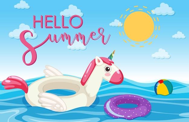 Hallo zomer banner lettertype met eenhoorn zwemring drijvend in de zee