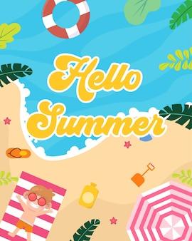 Hallo zomer met kind op het strand