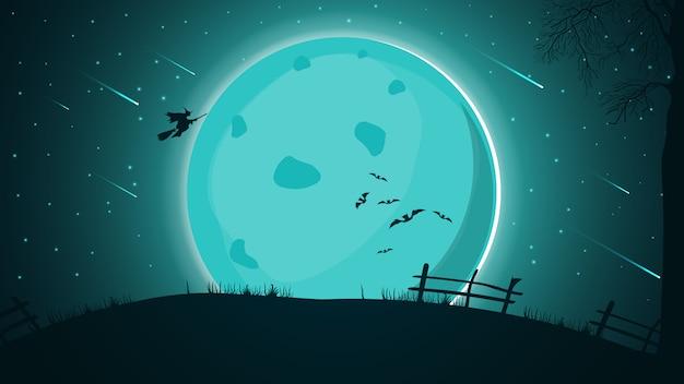 Halloween-achtergrond, nachtlandschap met grote volle maan, sterrenhemel met mooi starfall en heksensilhouet die over de heuvel vliegen.