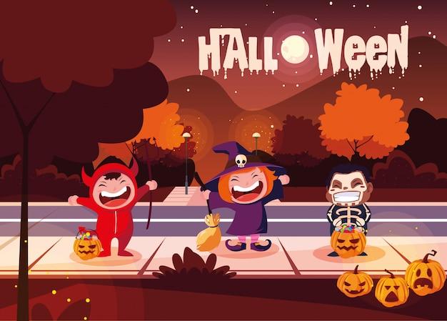 Halloween met vermomde kinderen