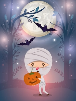 Halloween-scène met de brij van het jongenskostuum