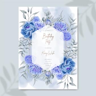 Hand getekend blauwe aquarel bloemen verjaardagsuitnodiging sjabloon
