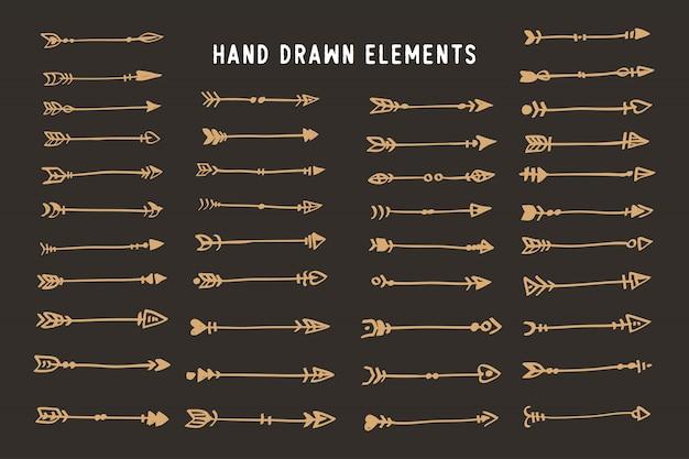 Hand getekend etnische pijlen boho stijl