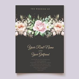 Hand getekende bloemen en bladeren bruiloft uitnodigingskaart