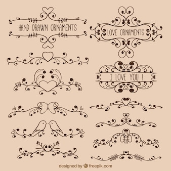 Hand getekende liefde ornamenten