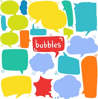 Hand getrokken achtergrond set van schattige tekstballon in doodle stijl