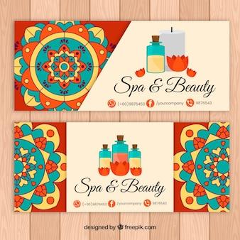 Hand getrokken banners met mandala voor de spa