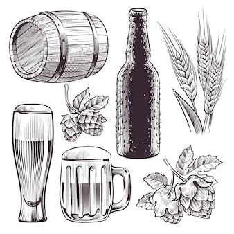 Hand getrokken bier. mok, vat en bierglas en fles, tarwe- of moutoren, hop. vintage gravure schets geïsoleerde vector brouwen set
