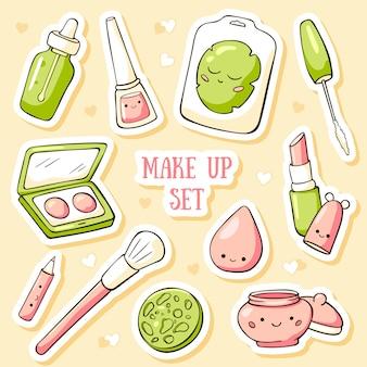 Hand getrokken doodle kaartsjabloon met schattige make-up objecten