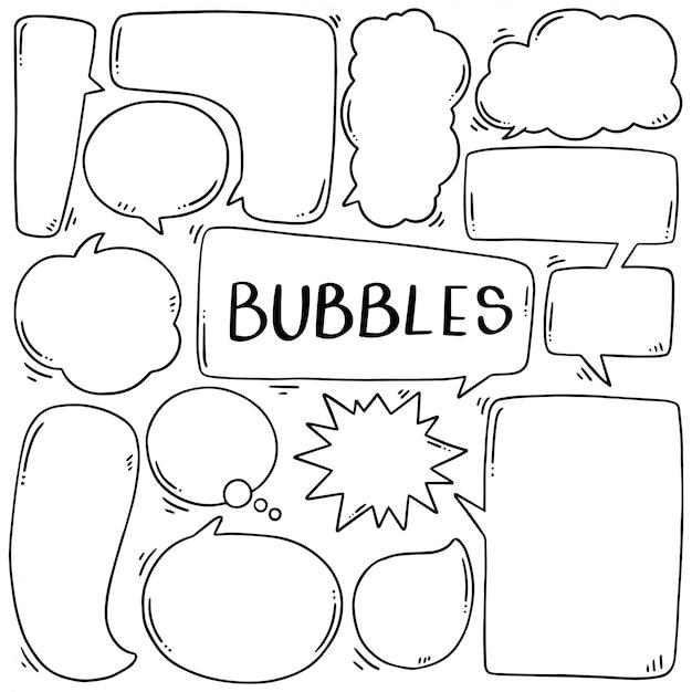 Hand getrokken set van schattige tekstballon in doodle stijl