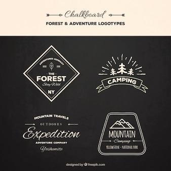 Hand getrokken uitstekende logos expeditie